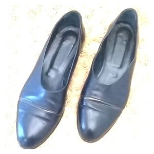 Joan and David black leather loafer 10 #J014F